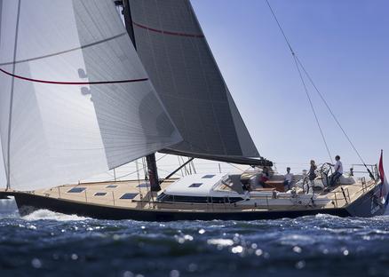 Contest 67CS | Exquisite Dutch semi-custom yachting